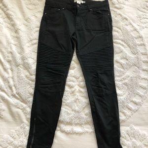 NWOT H&M Moto-Jeans